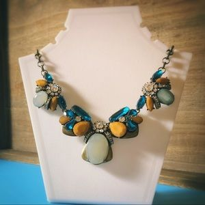 Jewelry - Earthtone Faux Jade & Rhinestone Necklace